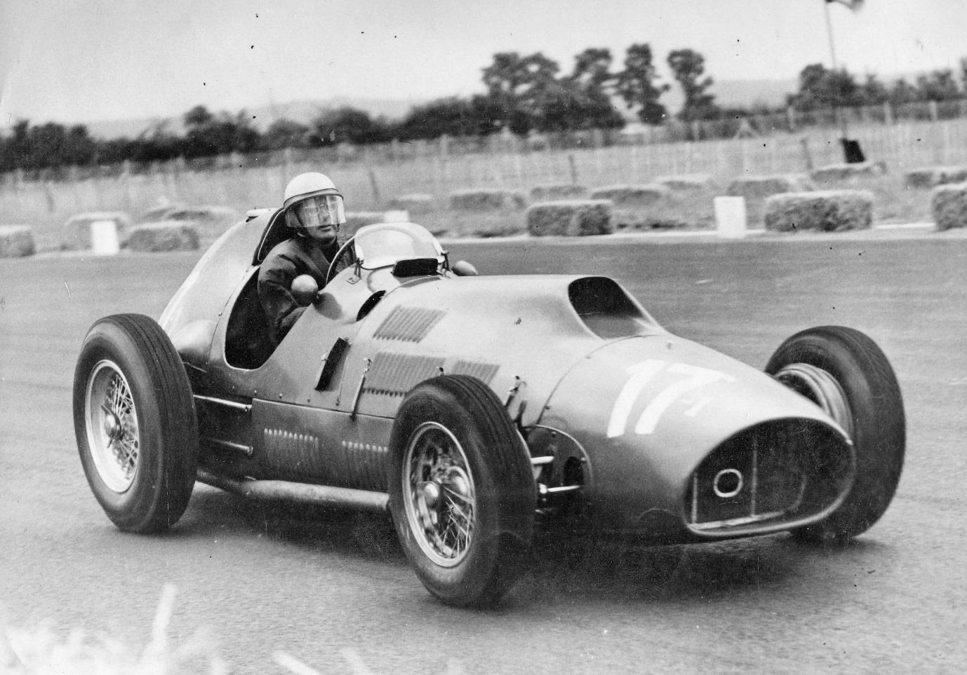 "Luigi Villoresi at the wheel of the mighty 4.5 litre 375 ""Indianapolis"" grand prix car at Snetterton."