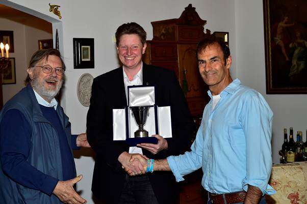 Peter Meierhofer receives the Jean Sage Memorial Award from Emanuele Pirro and Theo Huschek